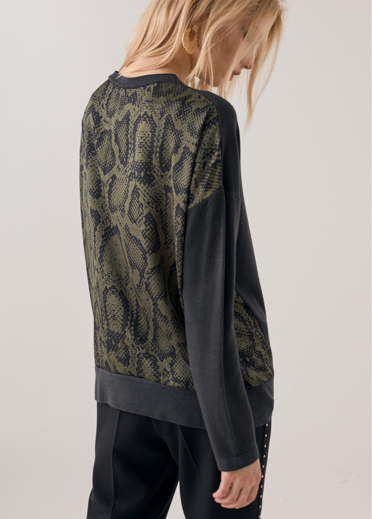 Jersey espalda en animal print, verde 2