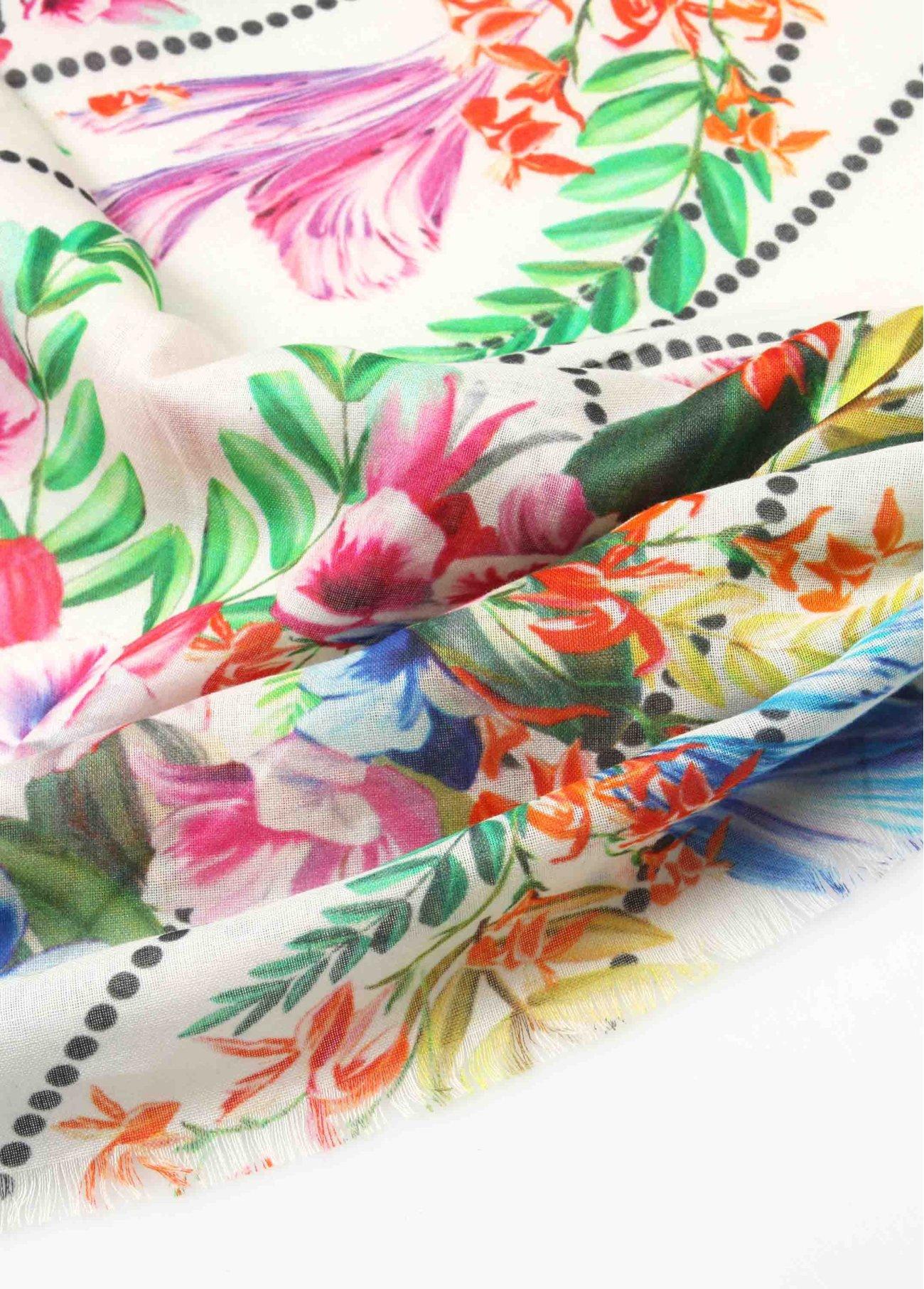 Pañuelo flores fondo crudo topitos,  2