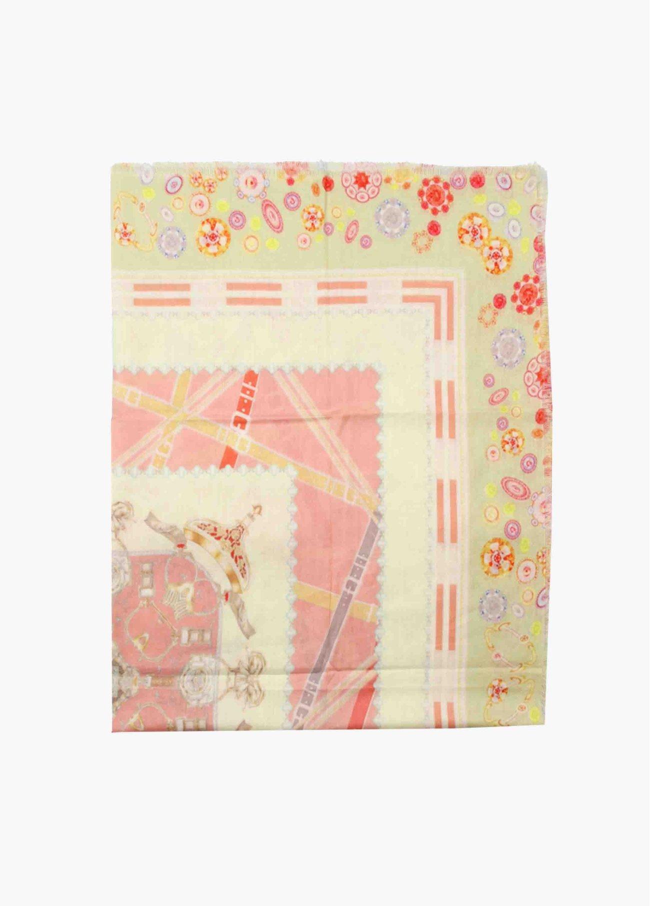 Pañuelo estampado rosas y amarillos,  2