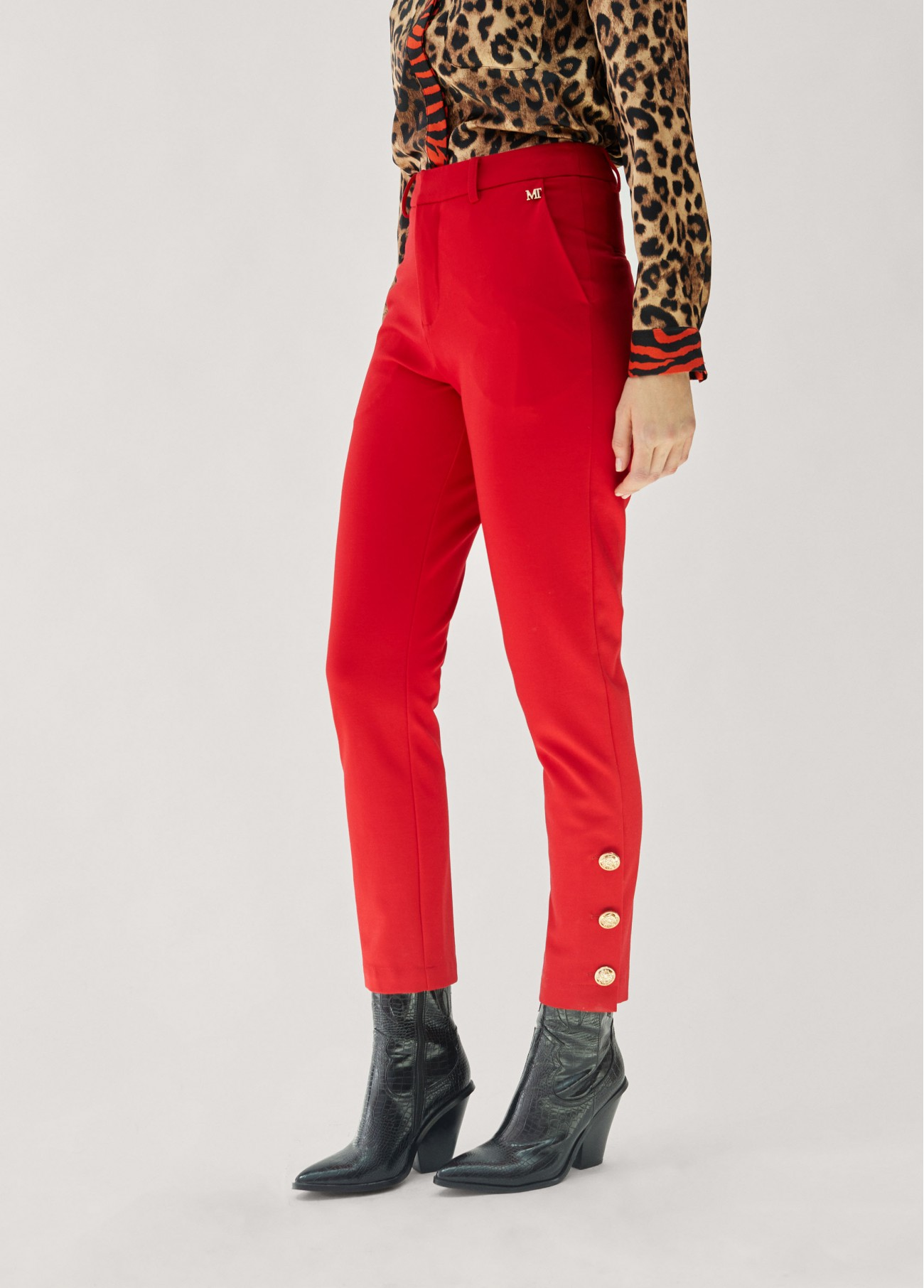 Pantalón detalle botones, rojo, negro 2
