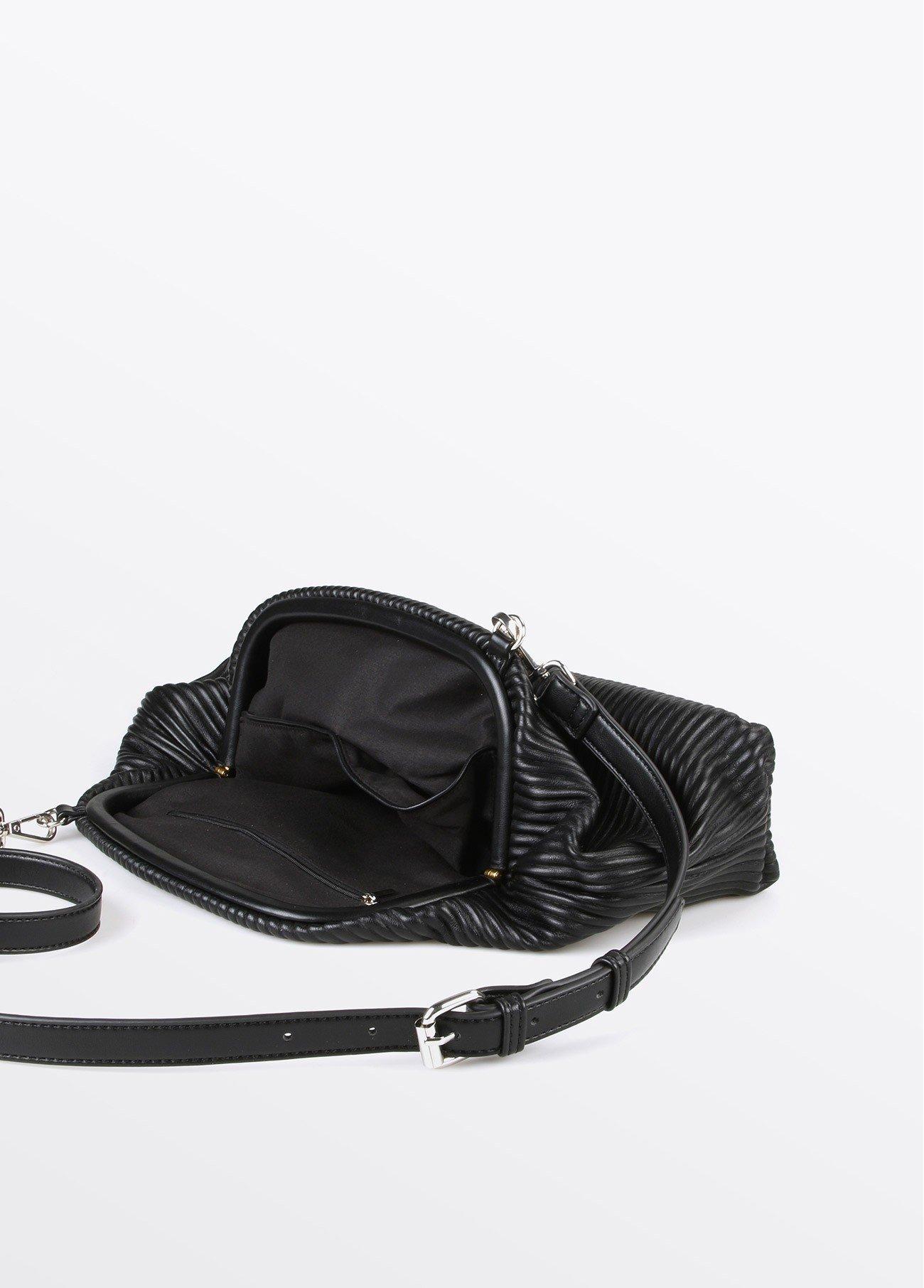 Bolso estilo clutch textura, negro 2