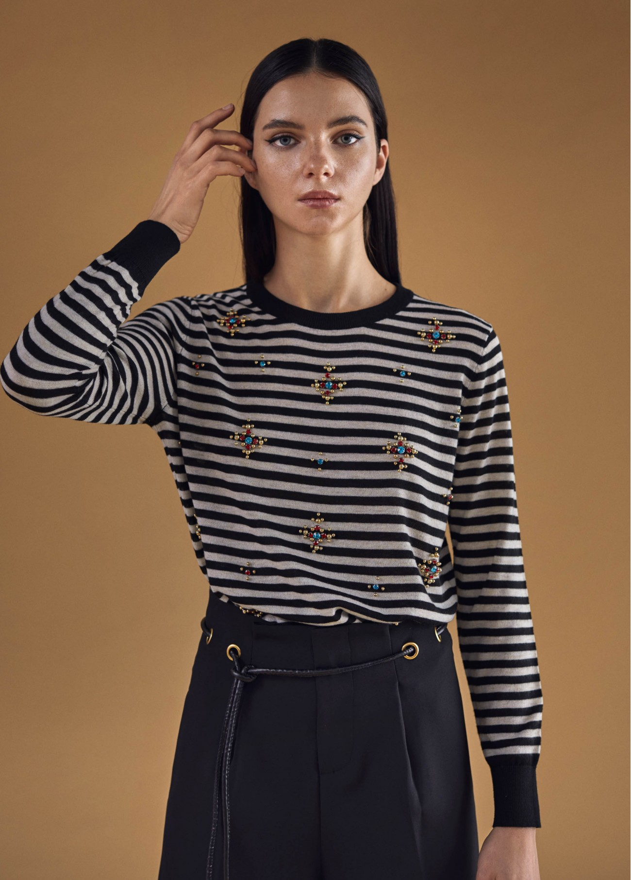 Jersey de rayas con joyas, negro 2