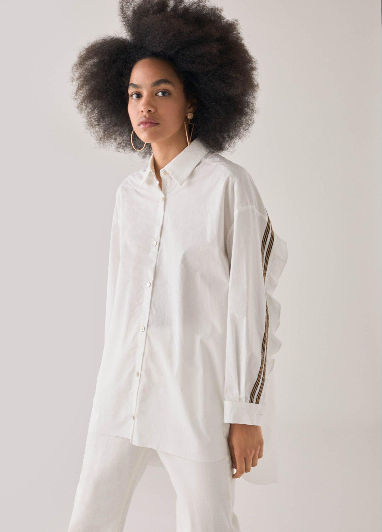 Camisa con volante trasero, blanco